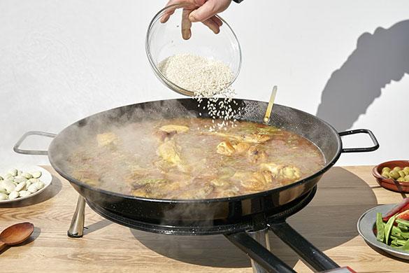 como hacer una paella